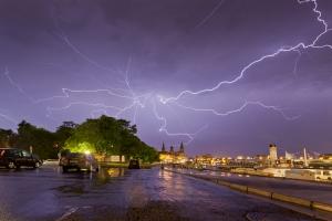 Gewitter über der Dresdner Altstadt